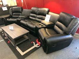 Black NEW Sectional w 4 Recliners 2 Consoles • HOT PRICE ????• Same day