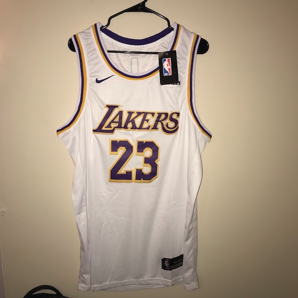 best service eed6e d41a3 Lebron James Nike Los Angeles Lakers Jersey XXL