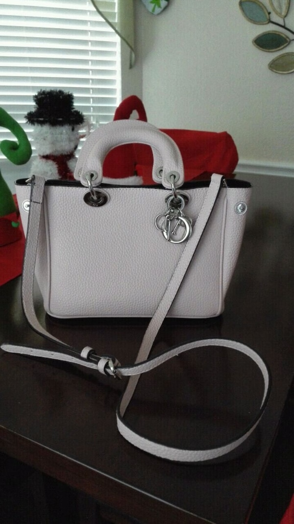 da68c89fe9aac4 Used Christian dior small bag for sale in Rowlett - letgo
