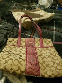 brown and pink Coach monogram tote bag Hagerstown, 21740