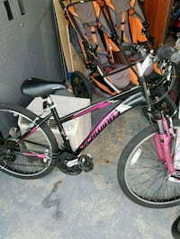 black and pink Schwinn hardtail mountain bike St. George, 84790