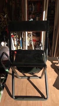 Very nice hunting or outdoors chair  Utica, 48317