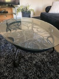 Center table and side tables(2) New Carrollton, 20784