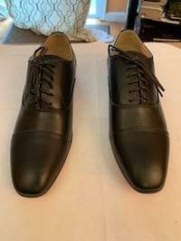 Pair of brown leather dress shoes Fairfax, 22032