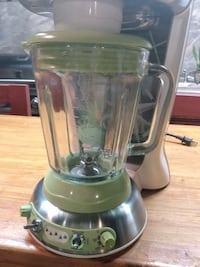Margaritaville Key West Frozen Concoction Maker with Auto or Manual