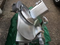 Hobart commercial heavy duty meat slicing machine  New York, 10473