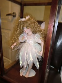 Angel porcelain doll (Collectable) null