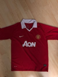 Manchester united Ryan Giggs shirt Richmond, V6X 3G1