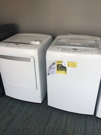 LG TOPLOAD WASHER AND DRYER SET WITH WINDOW ***new no box** Barrie, L4N 9A3