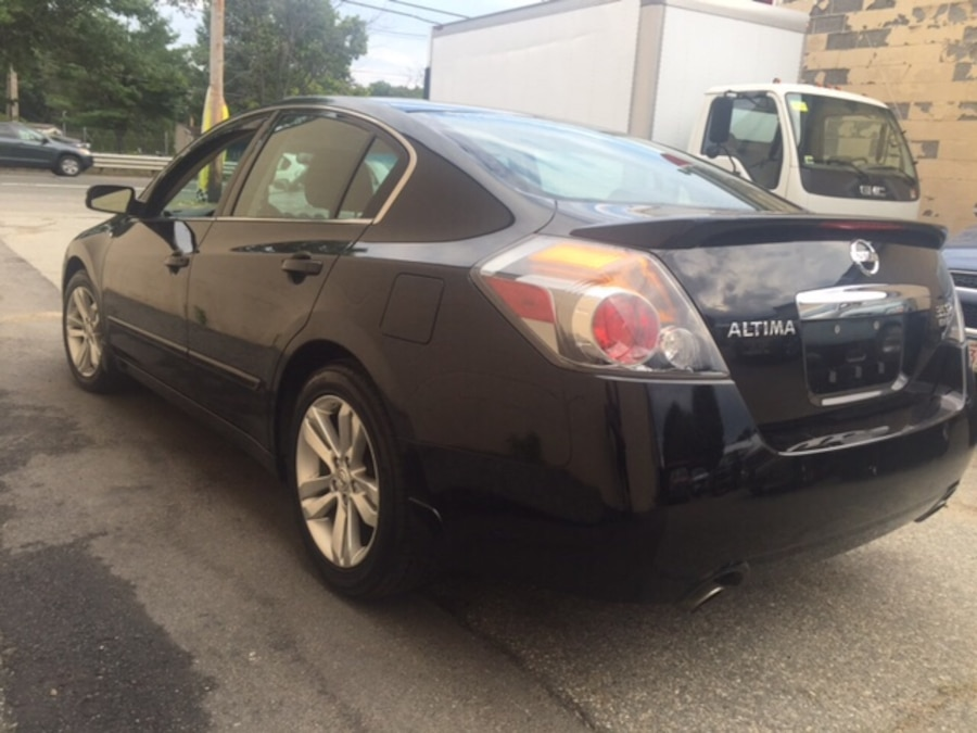 used 2010 nissan altima financing available warranty low miles in peabody. Black Bedroom Furniture Sets. Home Design Ideas