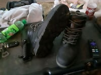 Men's work boots size 11