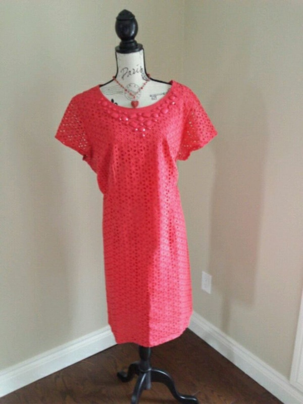 Size 16 coral dress with necklace.