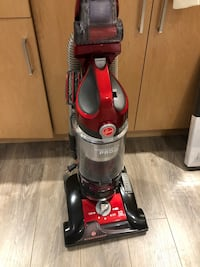 Black and red upright vacuum cleaner 伯纳比, V5E 1S9