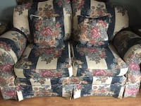 Loveseat/couch