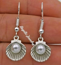 Shell Earrings Frederick, 21701