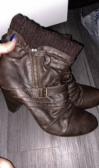 Boots with small heel