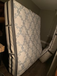 King Mattress/Box Spring Smyrna, 37167