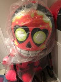 Life size stuffed toy. Still in bag Toronto, M4E