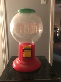 M&M dispenser 20$ obo