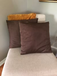 Pottery Barn Pillow covers with insert Minneapolis, 55417