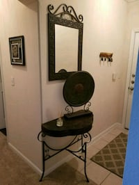 3 piece Accent Table, Mirror & Decorative piece Leesburg, 20176