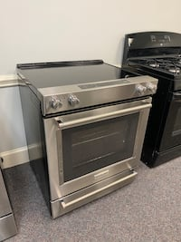 KITCHEN AID STAINLESS GLASS TOP STOVE W/ CONVECTION 4 MONTH WARRANTY