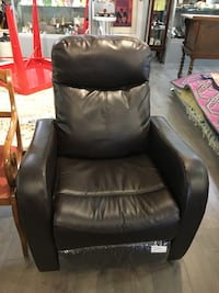 Dark Brown Faux Leather Recliner London, N6E