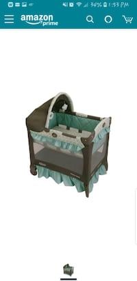 baby's green and black travel cot Staten Island, 10307