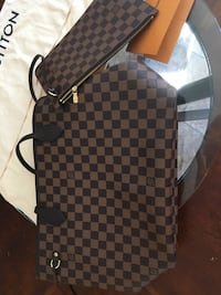 brown and white leather tote bag AUTHENTIC LOUIS V  ORIGINALLY aLMOST$$14,00 I will meet u half ways  Gilroy, 95020