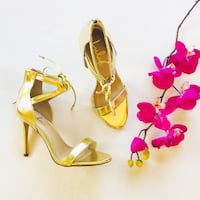 Gold Stiletto Heels  Temecula, 92590