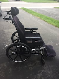 Wheel chair...make an offer Burlington, L7R 2B5