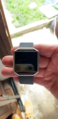 black and gray smart watch Los Angeles, 90065