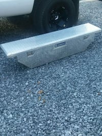 Nissan or Toyota toolbox  Georgetown, 37336