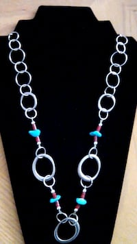 Chain necklace with torquoise necklace
