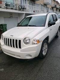 Jeep - Compass - 2010 MANUELLE/MANUAL Montréal