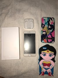 Gold Iphone 6 Plus 64gb with extras