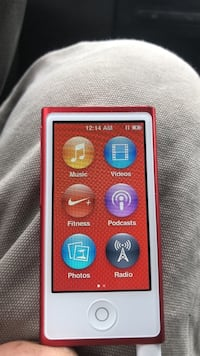 Red  iPod touch Winnipeg, R3M 0G3