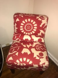Red+white floral chair with a matching pillow  East Point, 30344