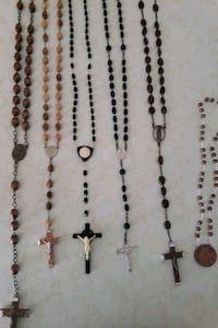 Different rosaries. 20.00 for the pair. New Oxford, 17350