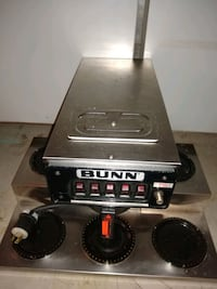 BUNN Commercial Coffee Maker  with  5 Burners