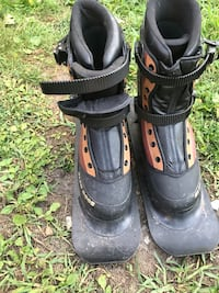 Ski boots size 10 great condition