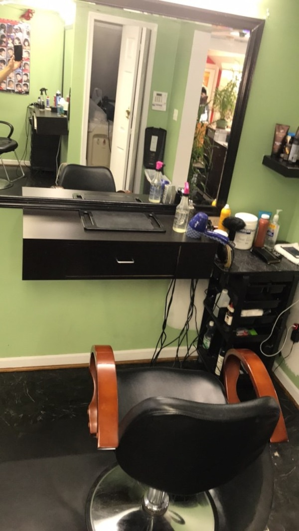 Barber, Beauty services