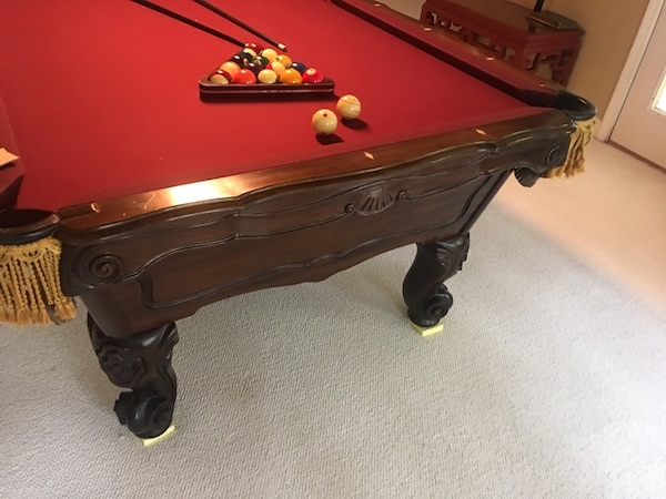 Used Dark Brown And Burgundy Pool Table For Sale In Milton Letgo - Circular pool table