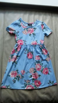 Girls dress size 6  Holbrook, 11741