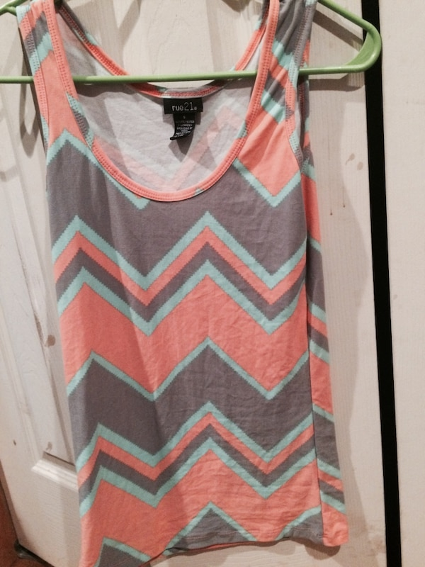 90fa96d9d7d Used orange gray and teal chevron rue 21 tank top for sale in Whitesburg -  letgo