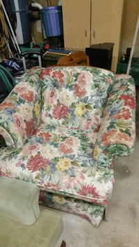 white, green, and pink floral sofa chair Grimsby, L3M