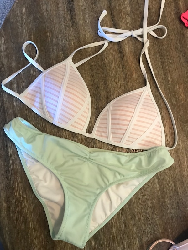 e2e0b773551 Used bikini set for sale in Folsom - letgo