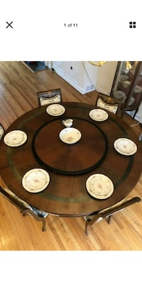 EXQUISITE Round Dining Table With 8 Chairs By Mariner 1893 SPAIN Elkins Park, 19027