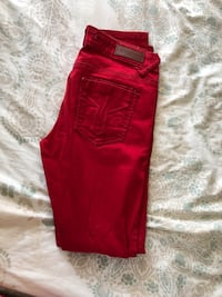 Red pants size 3/4 Franklin, 37064