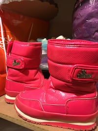 Pink leahter boots Clarksville, 21029